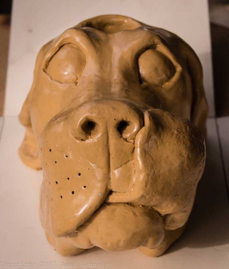 Plastilina dog ready to be covered in Oomoo 30.